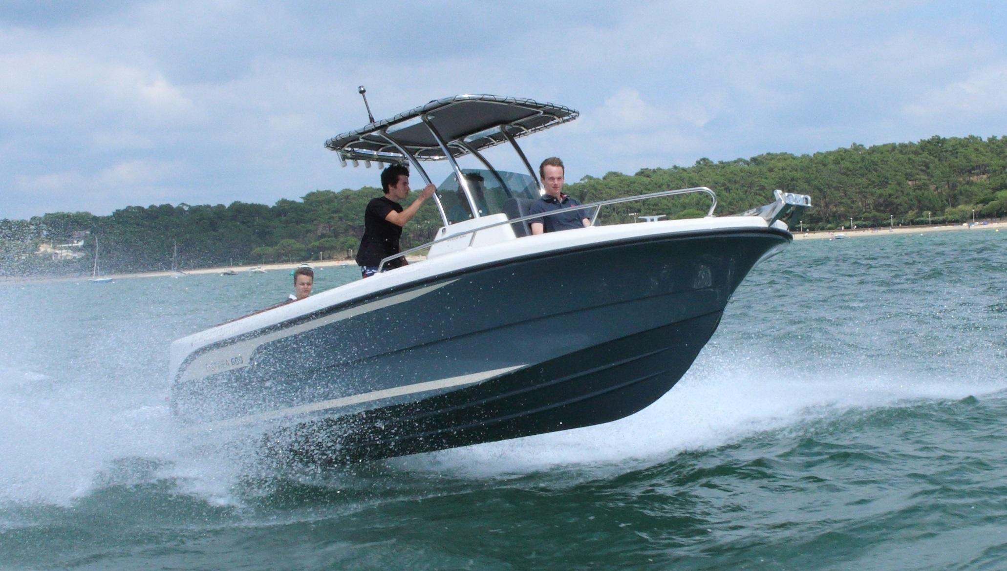 bateau moteur ocqueteau ostrea 600 open t top notre gamme ocqueteau fabrication achat. Black Bedroom Furniture Sets. Home Design Ideas