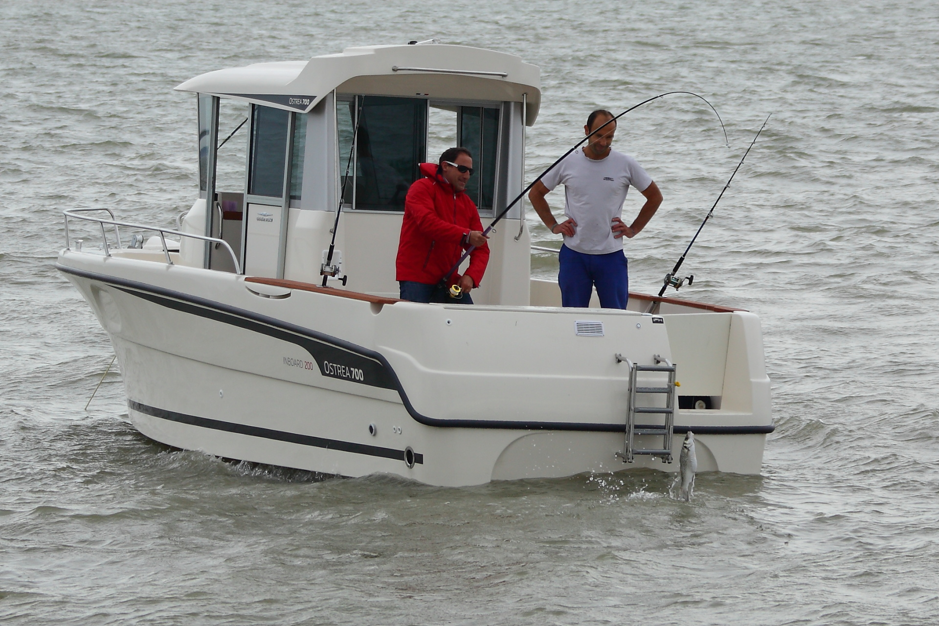 Angling with OCQUETEAU OSTREA 700-200 HP